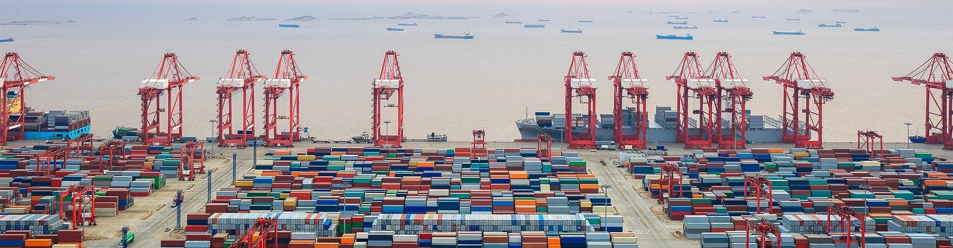 UWL-Port-Aeriel-Vessels-In-Distance1920x500